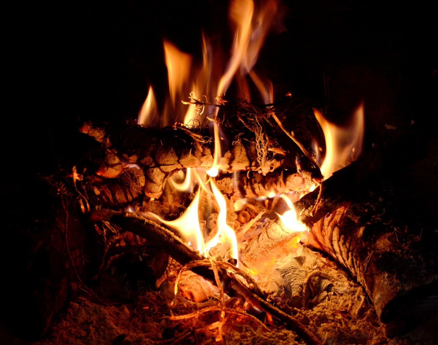 Dance Bonfire And Munch On Popcorn This Lohri To These 5