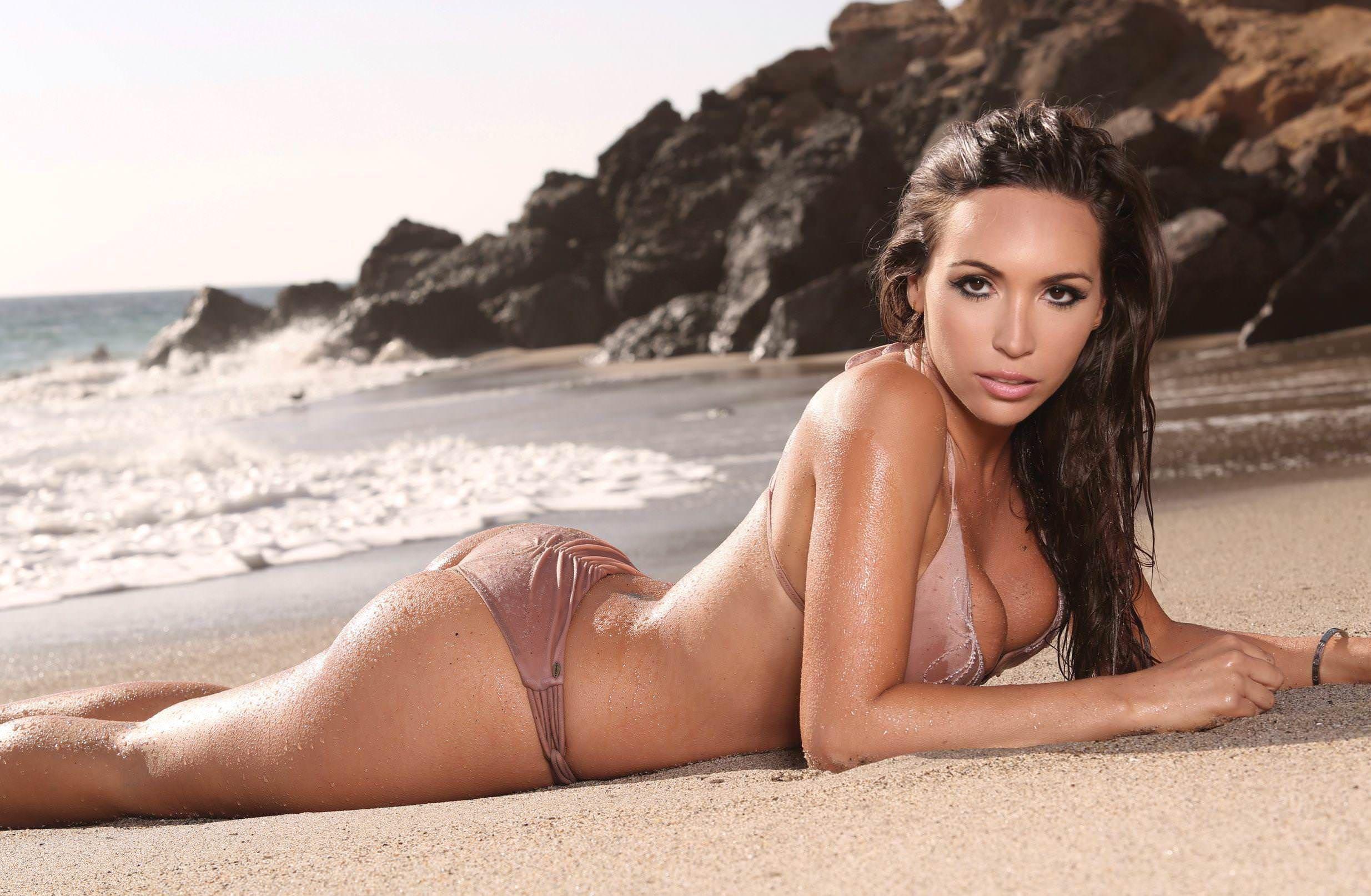 Yenitza Munoz Bikini nudes (97 photos)