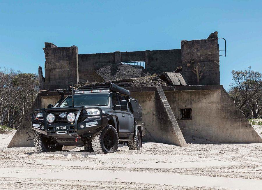 Special Delivery : Patriot Campers' LC200 Super Tourer Black